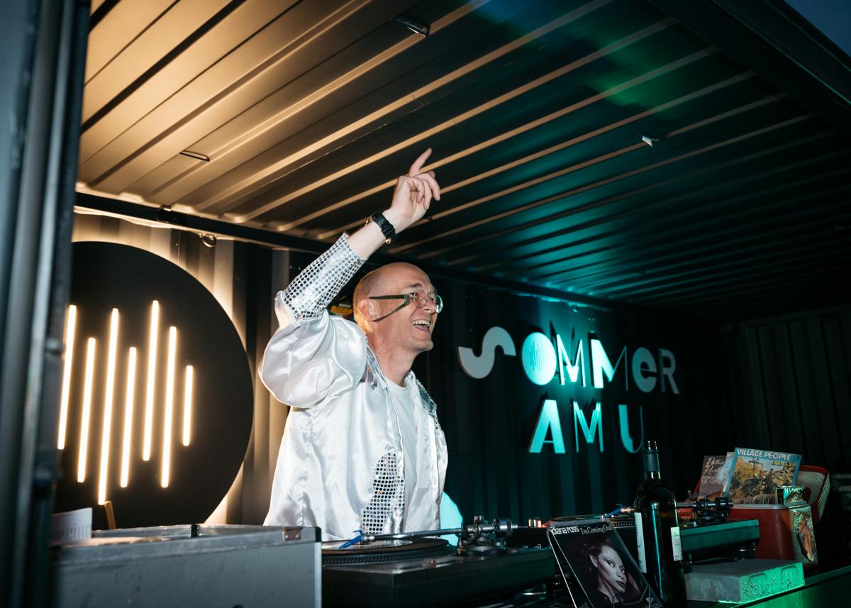 DJ Martini beim Sommer am U, Dortmund